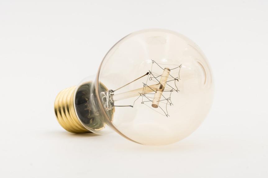 bulbs-3366585_1280